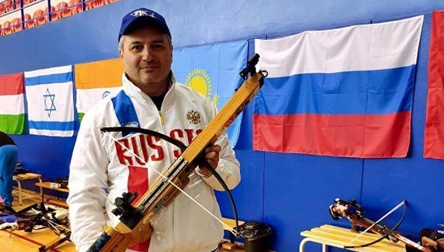 Симферополец Артур Айвазян стал чемпионом мира по стрельбе из арбалета