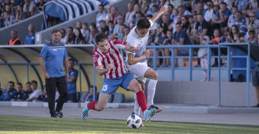 На старте футбольной Премьер-лиги Крыма выиграл действующий чемпион и проиграл новичок