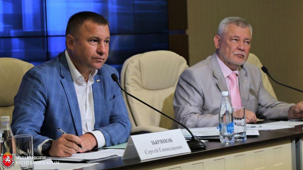 Сергей Зырянов: В рамках программы «Информационная инфраструктура» к интернету будут подключены 315 социально значимых объектов в Крыму