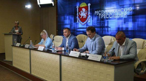 Уровень удовлетворенности крымчан предоставляемыми услугами МФЦ составил почти 100%