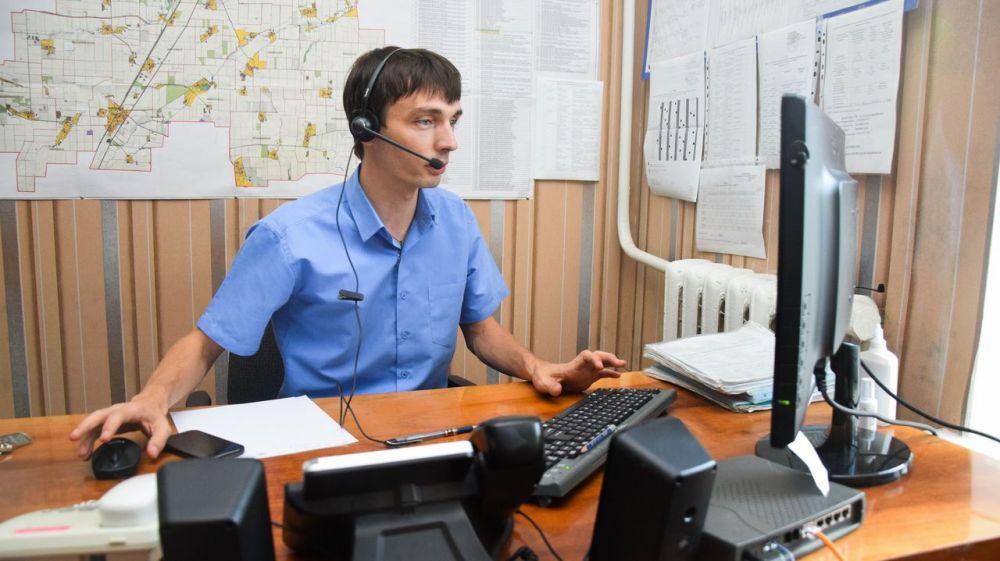 Роман Шантаев ответил на звонки жителей по телефонам горячей линии