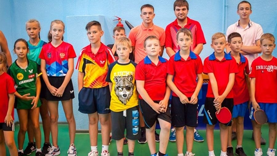 В Ялте определились победители Открытого Республиканского турнира по настольному теннису на призы президента ФНТРК