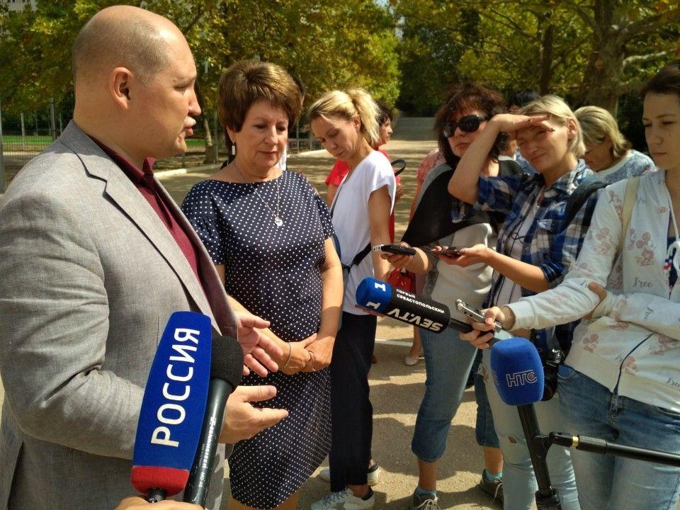 Подрядчика школы на пр. Античном оштрафуют за срыв сроков