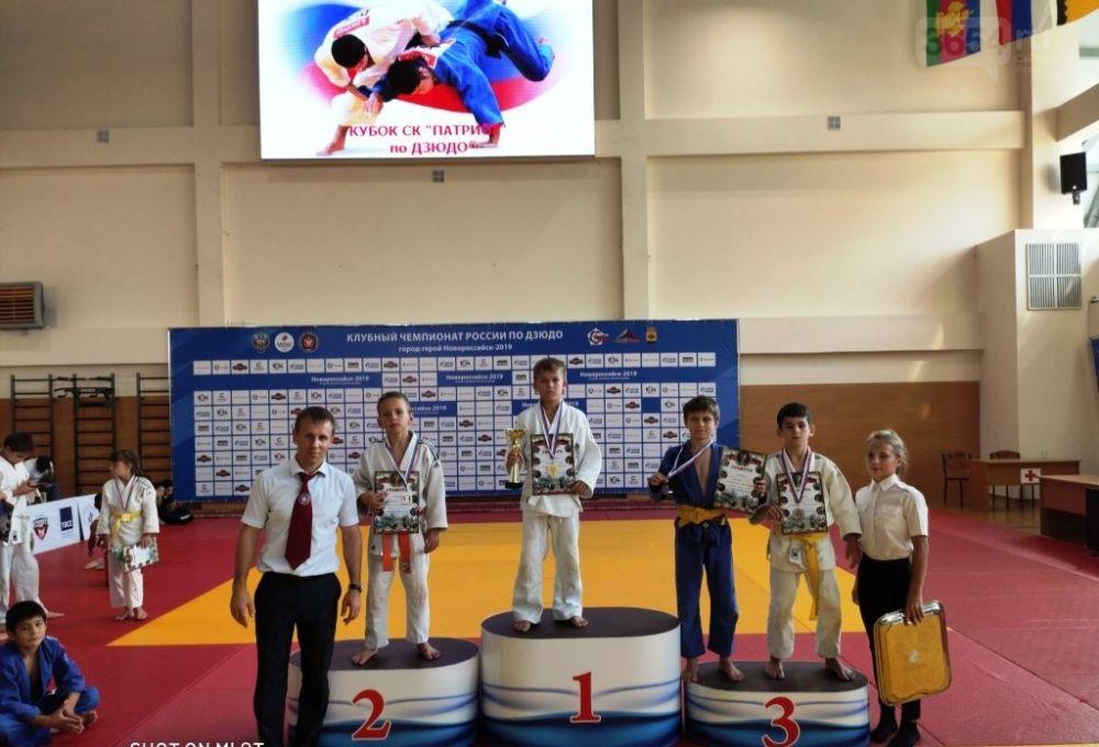 Юные дзюдоисты Ялты привезли медали из Новороссийска