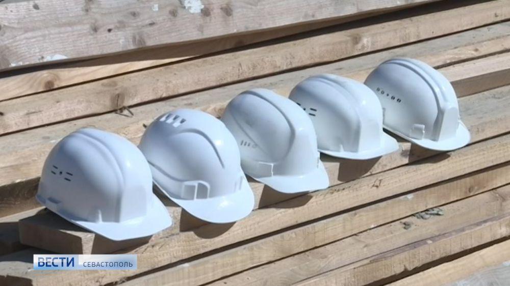 640 тысяч долга по зарплате выплатят сотрудникам строительной фирмы