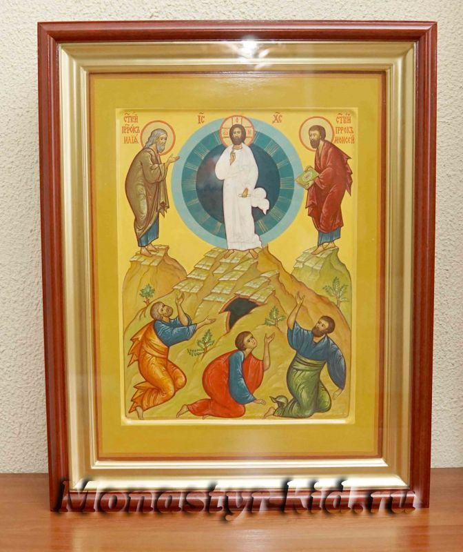 Монастырю святых бессребреников Космы и Дамиана преподнесли в дар иконы – «Преображение Господня» и «Святая Троица»