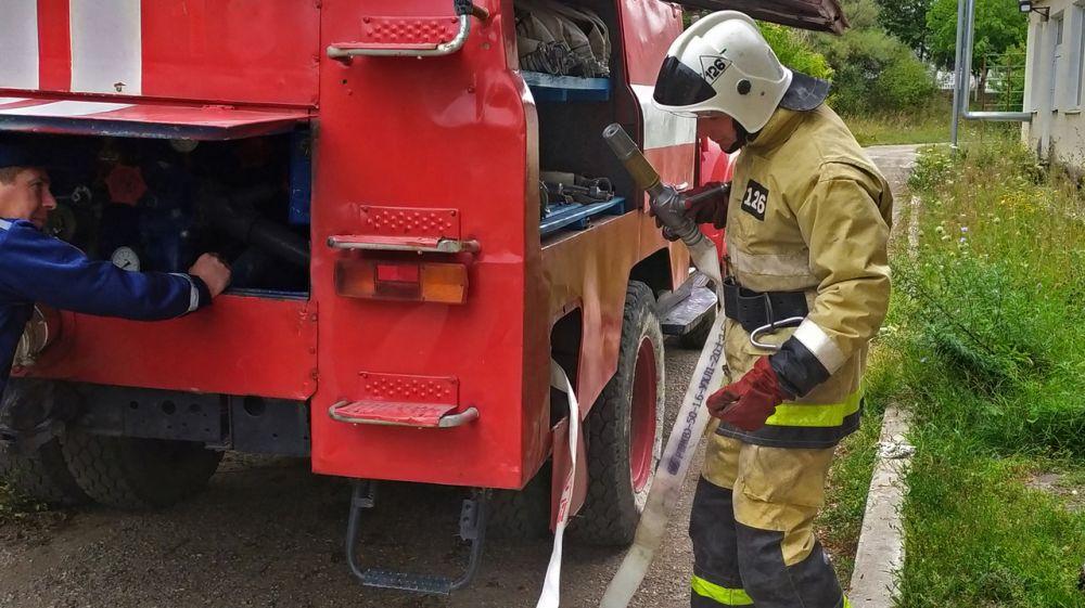 Специалисты ГКУ РК «Пожарная охрана Республики Крым» осуществляют комплексную проверку образовательных организаций в преддверии учебного года и Единого дня голосования
