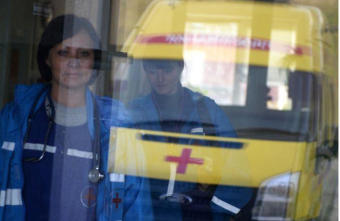 Владимир Константинов выступил с инициативой приравнять медицинских работников к госслужащим