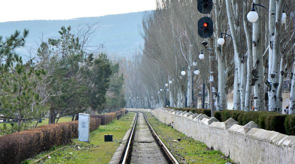 Аксёнов пообещал детям подумать над строительством железной дороги в Ялту