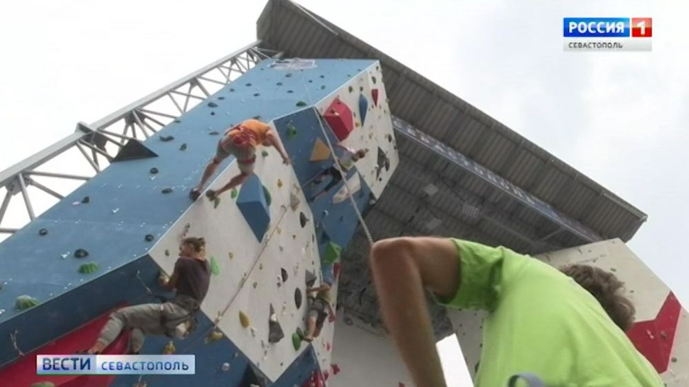 В лагере «Ласпи» построят профессиональный скалодром
