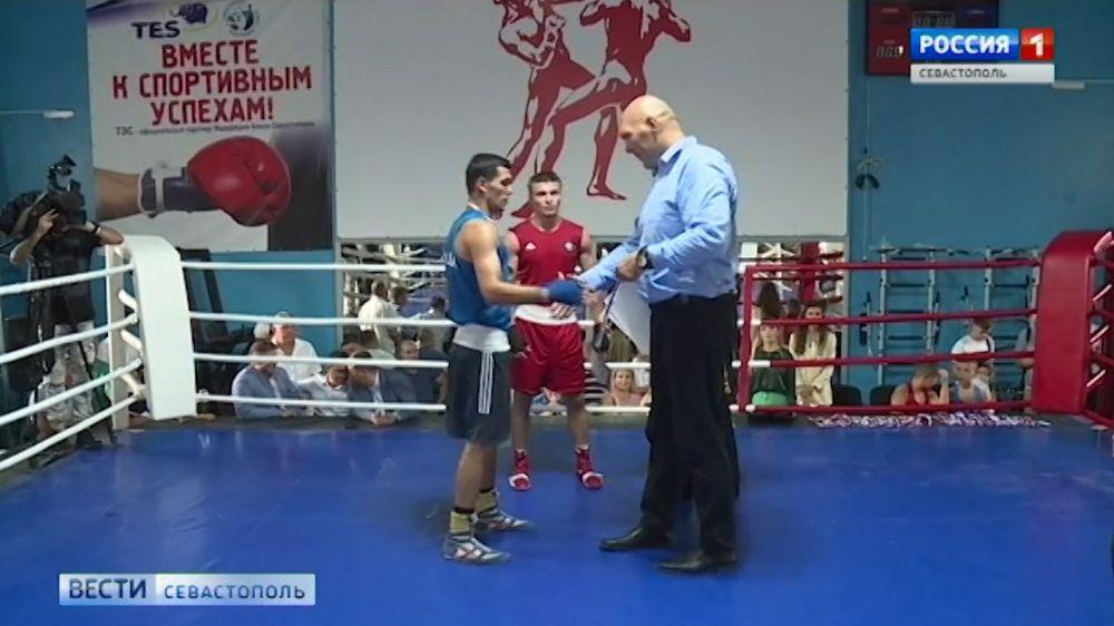 Николай Валуев оценил уровень подготовки севастопольских боксёров
