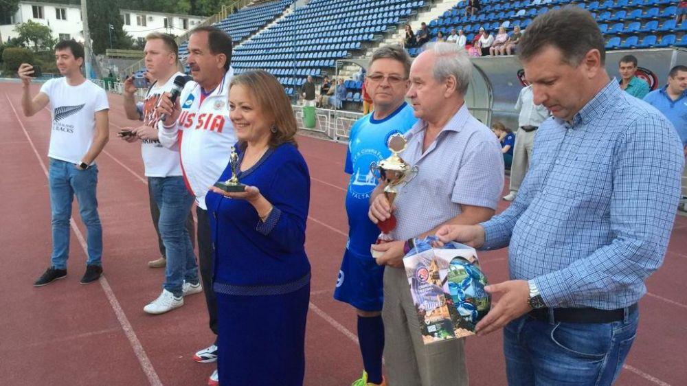Звезды международного телекинофорума «Вместе» и сборная Совета министров Крыма сыграли вничью