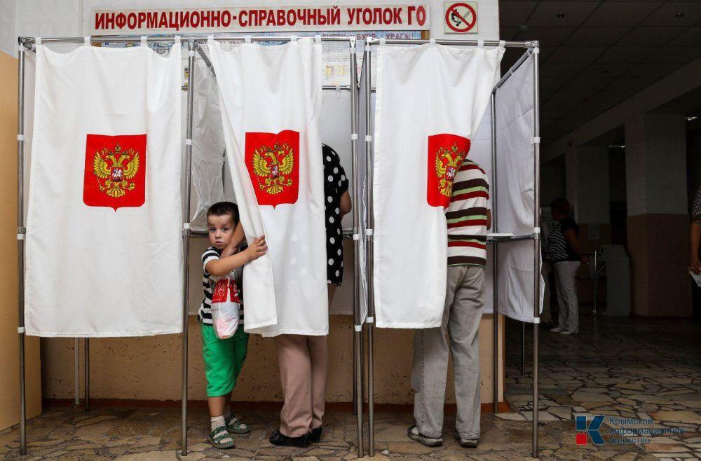 На трёх избирательных участках в Крыму зафиксировали нарушения во время выборов, — Избирком