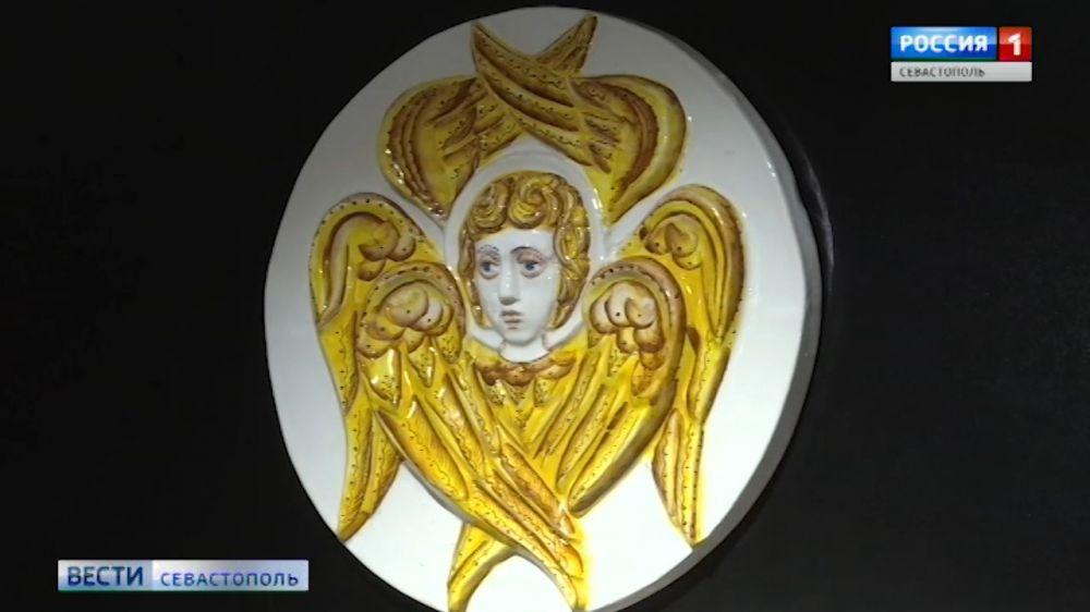 На форуме «Золотой Витязь» севастопольцы увидели уникальные изразцы