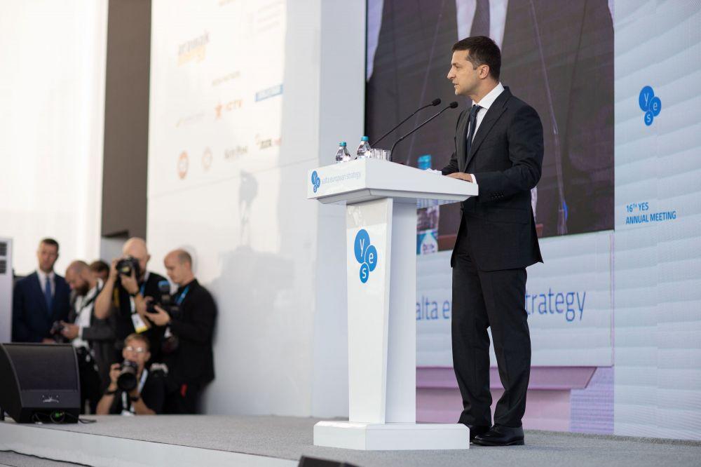Зеленский отказывается от русофобии, а может и от Крыма – в США оценили перспективы Украины