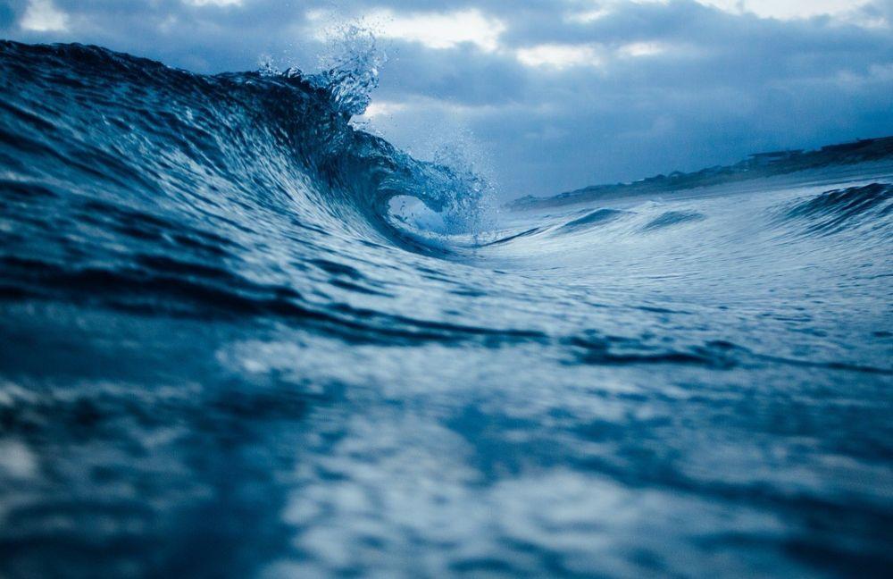 Спасатели нашли тело 15-летнего подростка, пропавшего в море под Керчью