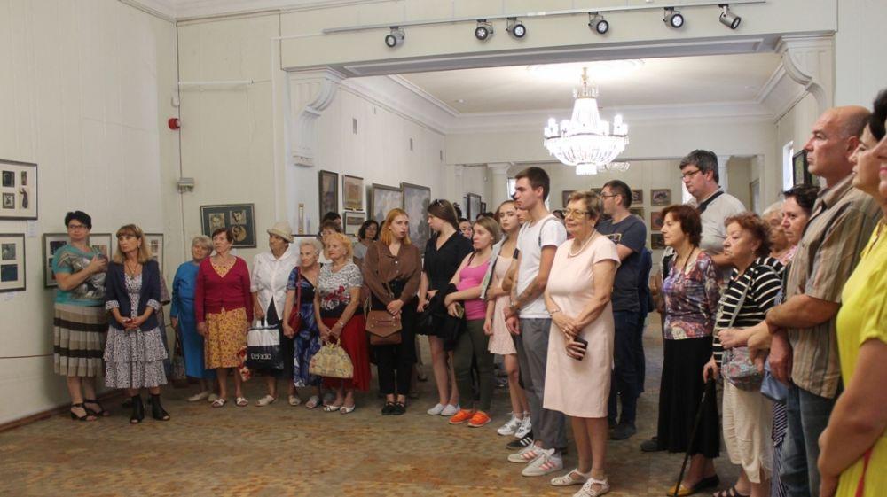 В Симферопольском художественном музее экспонируется более ста графических работ выдающегося художника Михаила Казаса