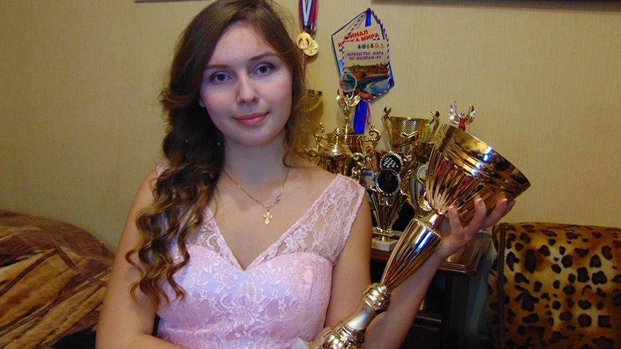 Юная шашистка из Симферополя привезла три медали из Турции