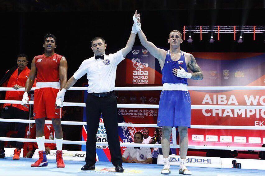 Крымчанин Глеб Бакши гарантировал медаль ЧМ по боксу