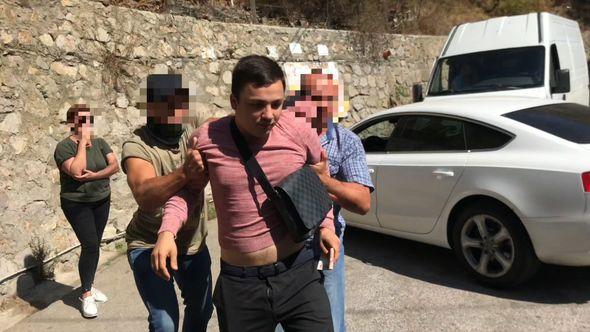 Опубликовано видео задержания высокопоставленных сотрудников МВД в Ялте
