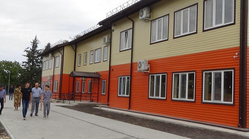 Роман Шантаев проинспектировал окончание строительства детского сада в Янтарном
