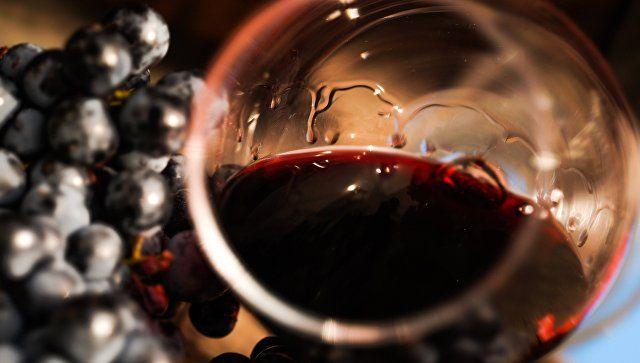 Конкурс вина и ведущие сомелье мира: в Крыму пройдет саммит виноделов России