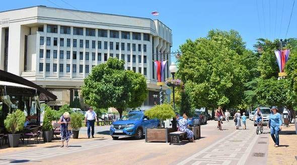 Депутаты сегодня выберут председателя Госсовета второго созыва и главу Крыма