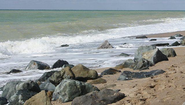 МЧС: на пляжах Черного и Азовского моря найдены авиабомбы времен войны