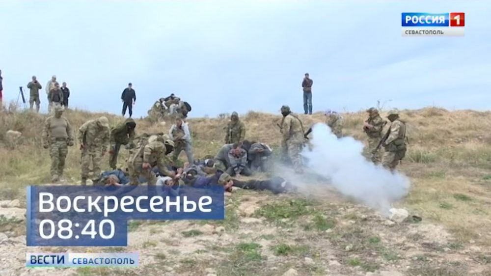 Журналисты со всей страны осваивают в Севастополе навыки работы в горячих точках