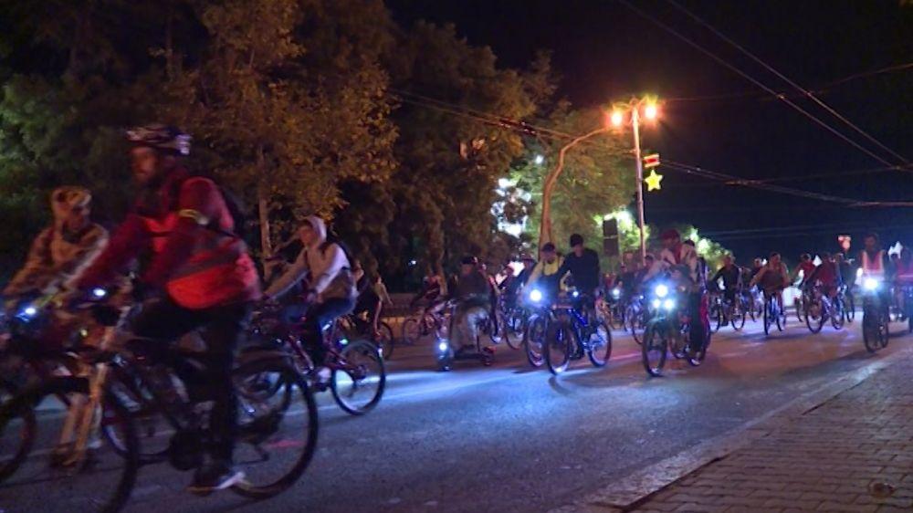 Участники Велоночи проехали 10 км по улицам Севастополя