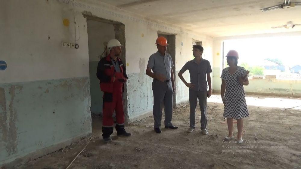 Начат ремонт детского сада в Ровном