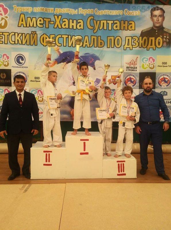 Дзюдоисты Ялты завоевали медали на турнире, посвященном Амет–Хану Султану