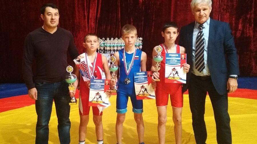 Все победители и призеры Всероссийского борцовского турнира на призы Георгия Шестака