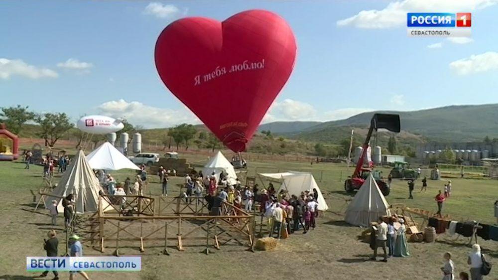 Winefest в Балаклаве: первый день праздника урожая и виноделия