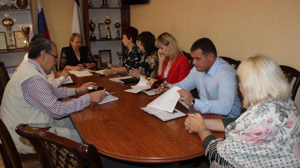Глава администрации Сакского района Галина Мирошниченко провела рабочее совещание с ГРБС