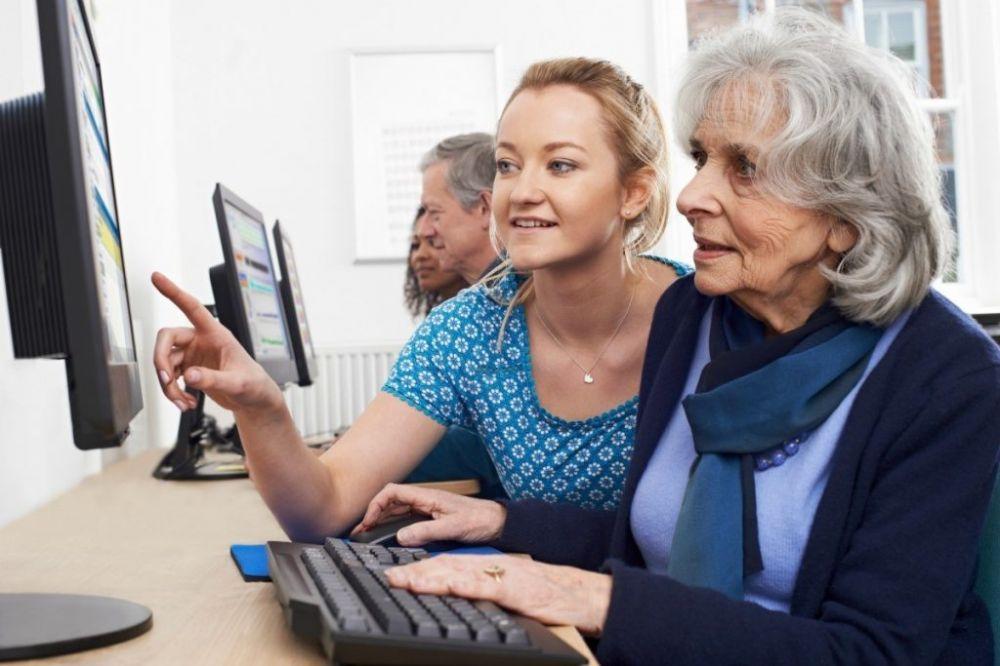 Центр занятости компенсирует затраты работодателя на обучение граждан предпенсионного возраста