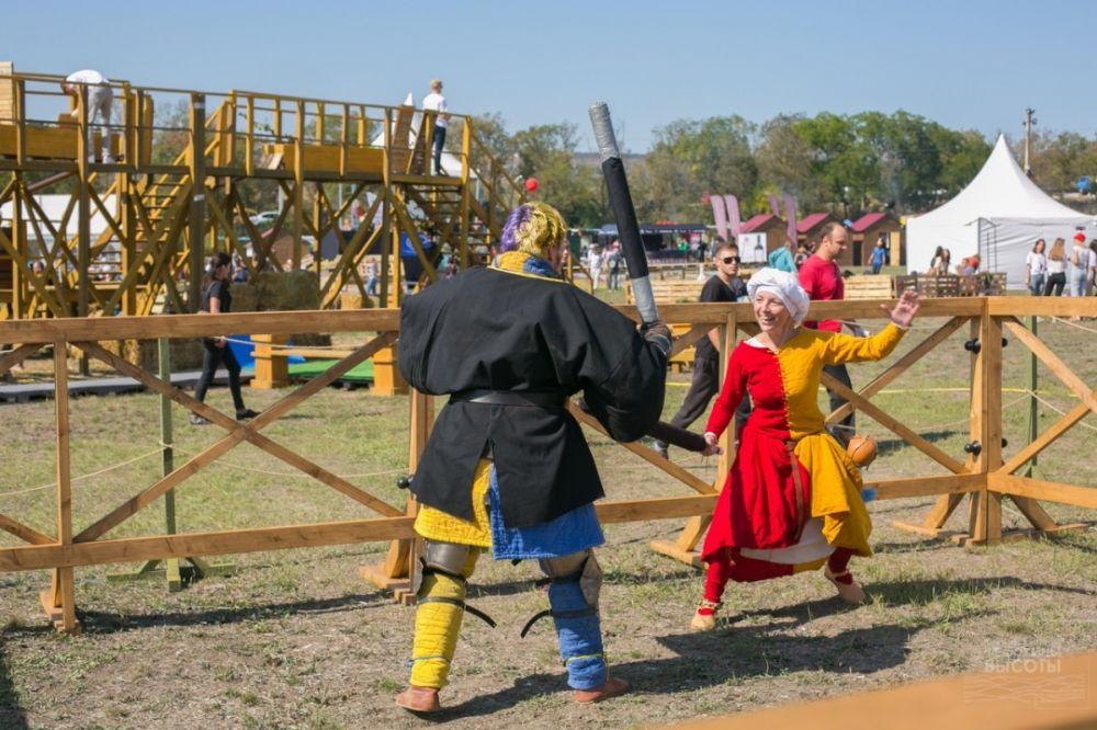 Программа турнира по средневековым боям на Федюхиных высотах