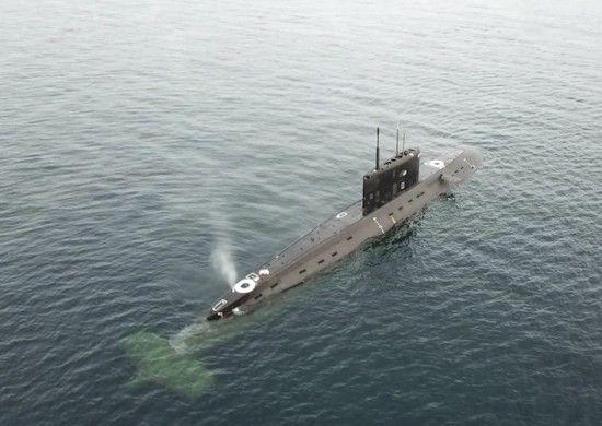 Подлодка Черноморского флота ушла от преследования противолодочных кораблей