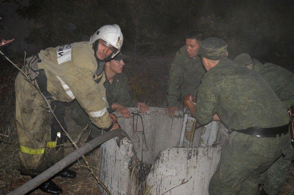 В Севастополе парня столкнули в цистерну с мазутом и подожгли