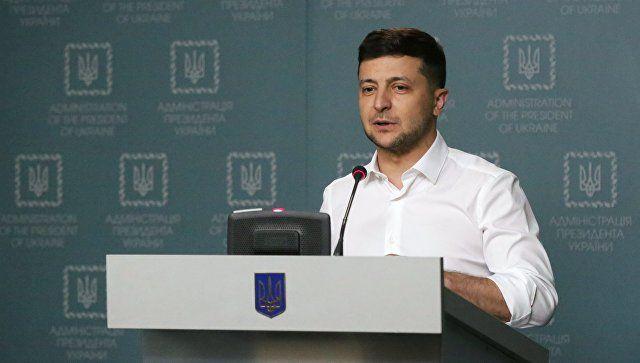 """Зеленский признал, что Украина не сможет самостоятельно """"вернуть"""" Крым"""