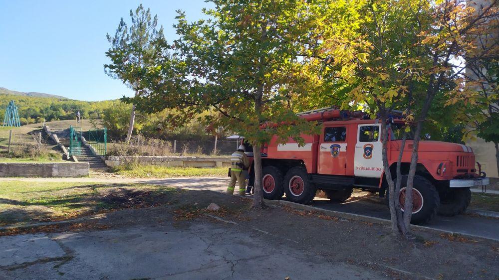 Сотрудники ГКУ РК «Пожарная охрана Республики Крым» ликвидировали условный пожар в школе Бахчисарайского района