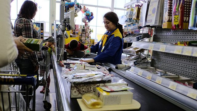 Ярмарки и мониторинг: что делают власти Крыма для снижения цен на товары