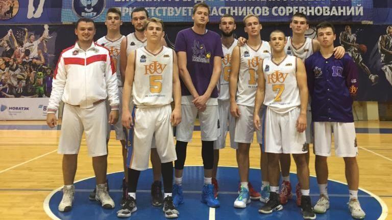 Команда «КФУ-Грифоны» делит лидерство на старте студенческой лиги ВТБ