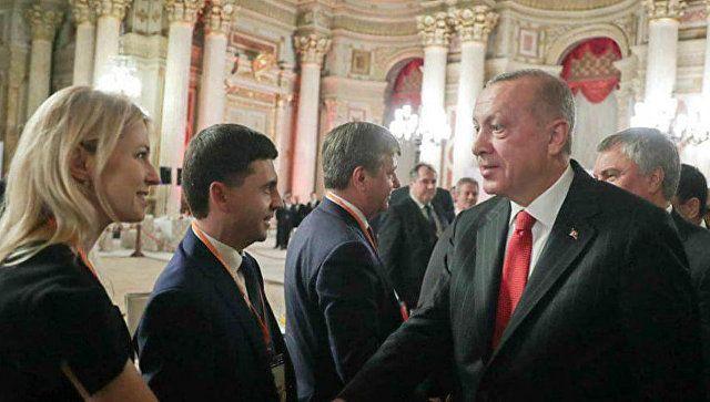 На Украине отреагировали на визит крымских депутатов в Анкару