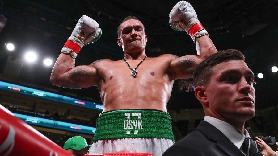 Воспитанник крымского бокса Александр Усик одержал победу в дебютном бою в супертяжелом весе