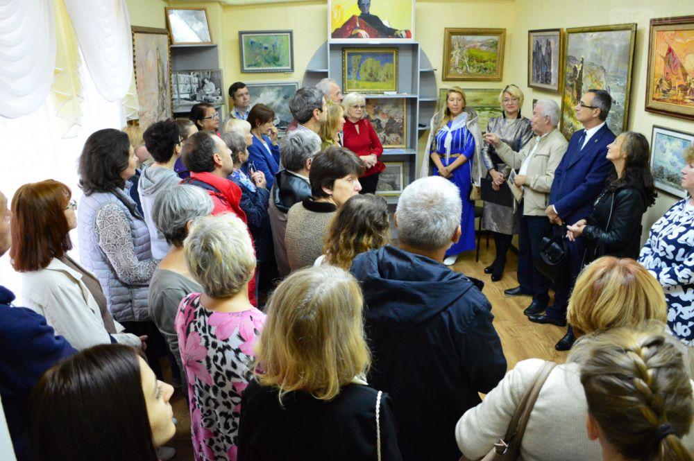 В Кореизе открылась выставка Виктора Толочко