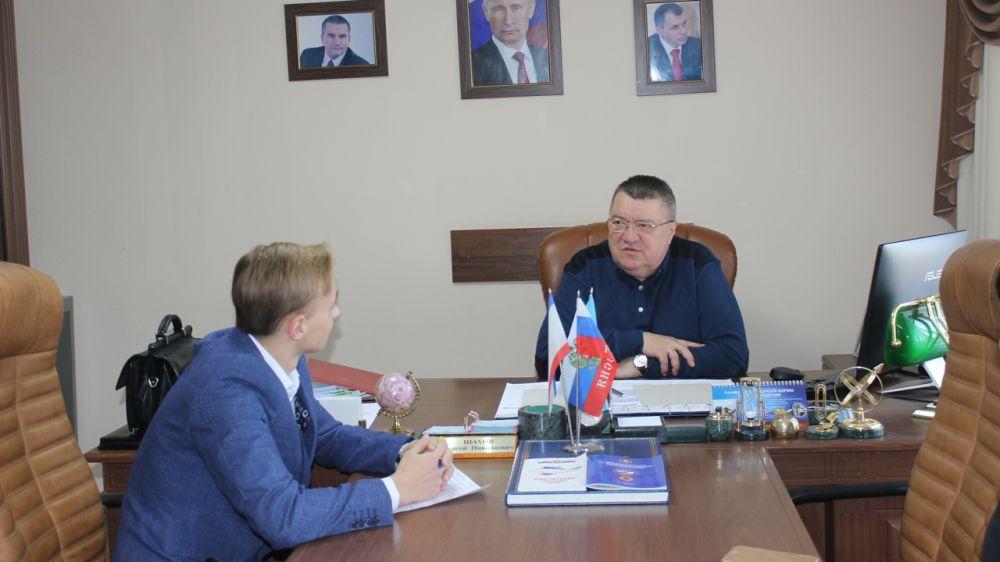 Сергей Шахов провел прием по личным вопросам