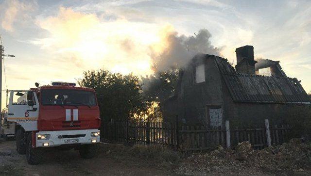 На мысе Фиолент чуть не сгорел садовый дом