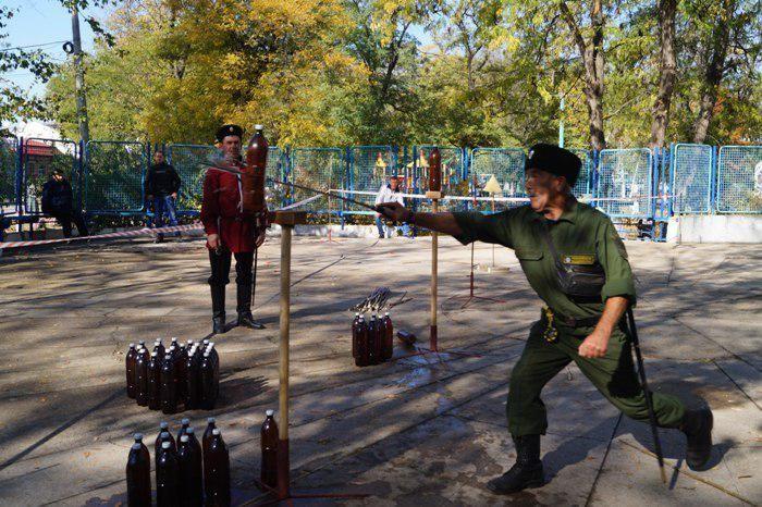 Чемпионат по рубке шашкой провели в Советском районе