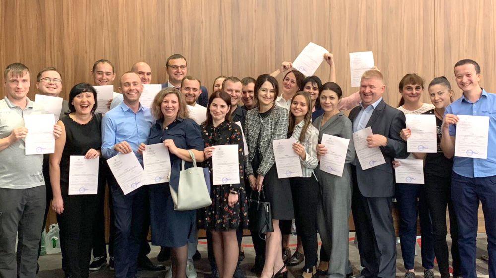 21 специалист Госкомрегистра получили звание государственного регистратора прав — Александр Спиридонов